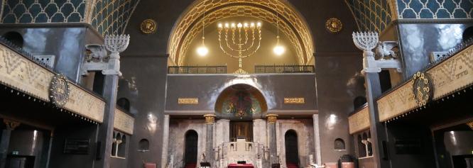 Fürung durch die Augsburger Synagoge